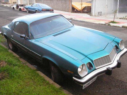 camaro6 Chevrolet Camaro - Quatro, de uma vez! Loucura! Em SC.