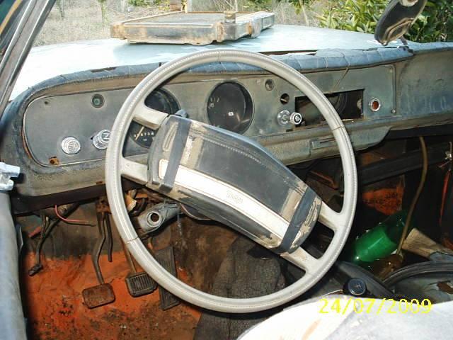 s2010040 Dodge Polara