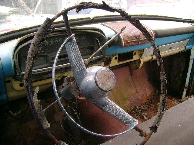 simca-interior Simca Chambord 64