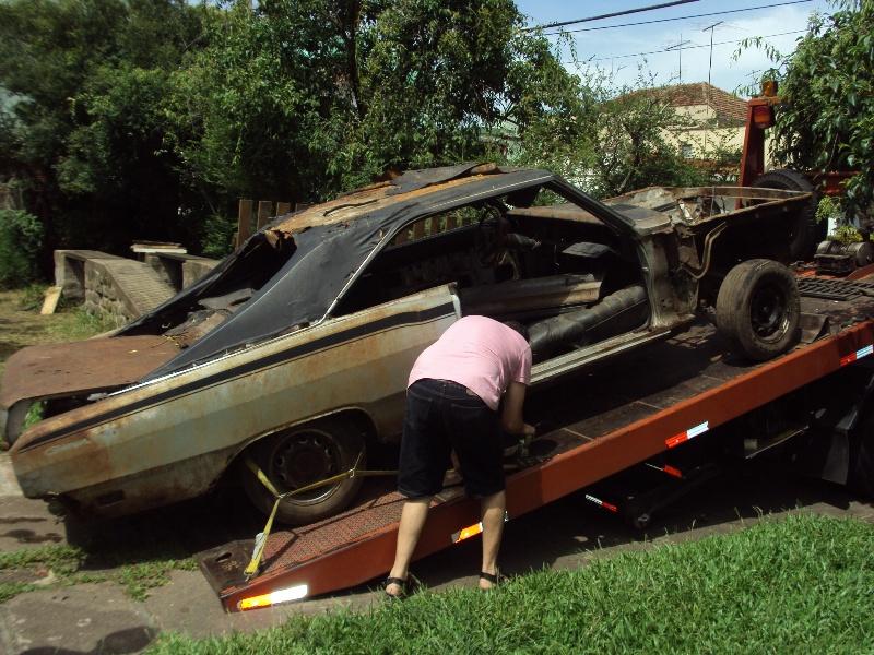 embarque_dos_dodges_43 CARROS INÚTEIS e confrades: a façanha de um resgate...