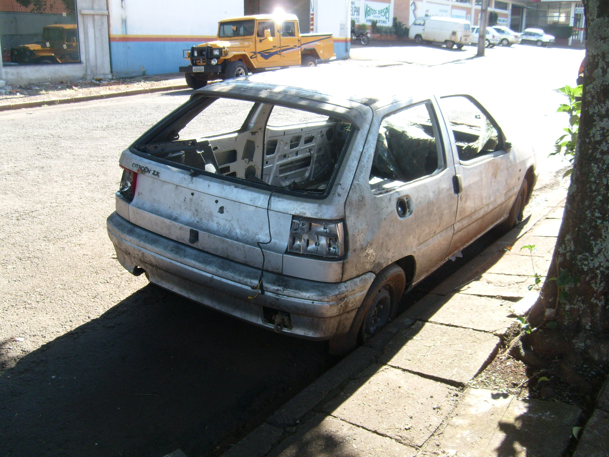 ugustavo-silvestre-citro Citroën ZX