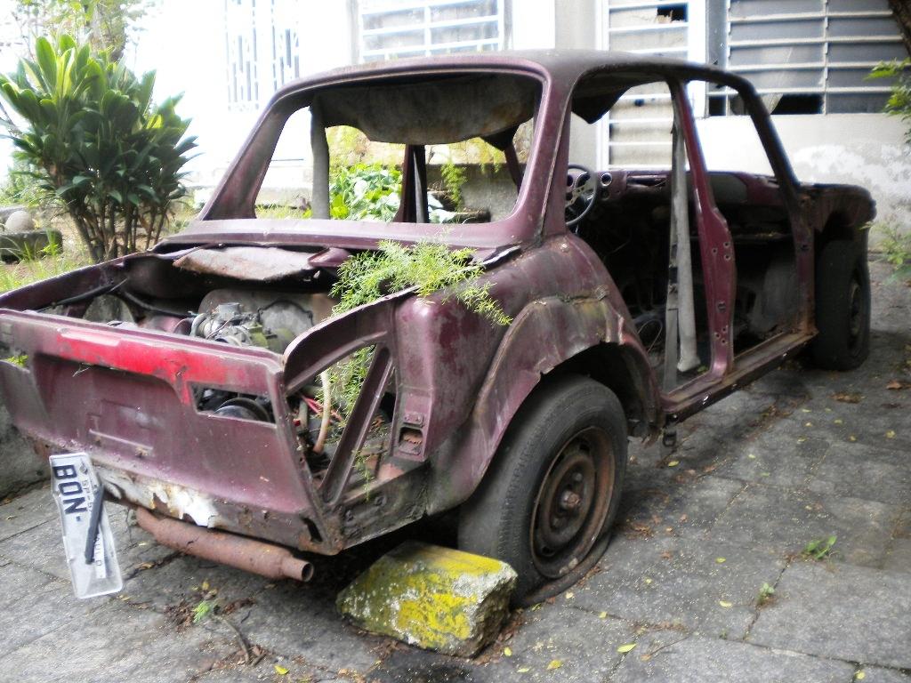 felipe-nicolielo-vw-1600-rua-ao-lado-da-rua-volkswagen-no-jabaquara-em-sp-2 VW 1600
