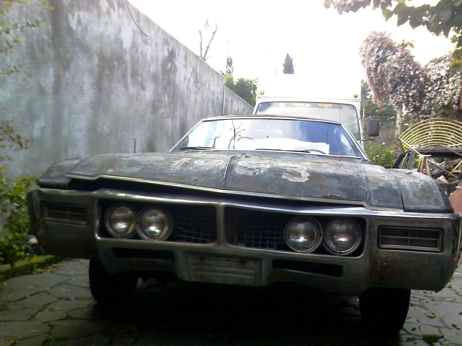19-09-09_1425 Buick Riviera (1969)