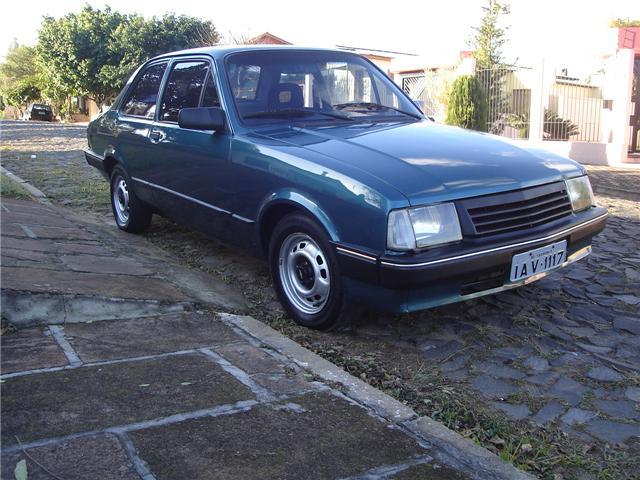 chevette-iv Veículo furtado! Chevrolet Chevette L (1993)