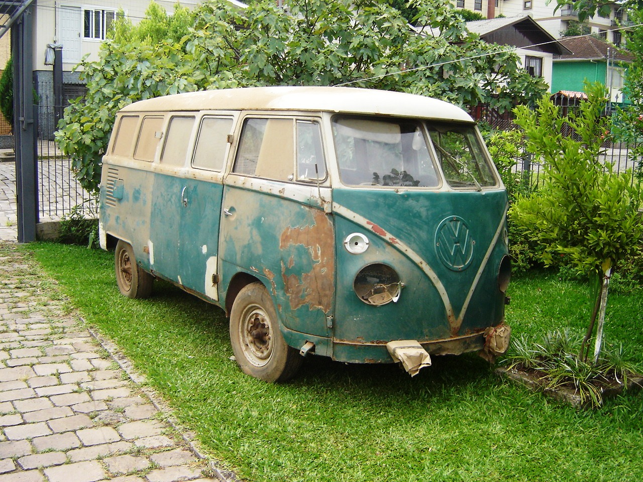 uedio-pasinatto-kombi-caxias-do-sul1 Volkswagen Kombi