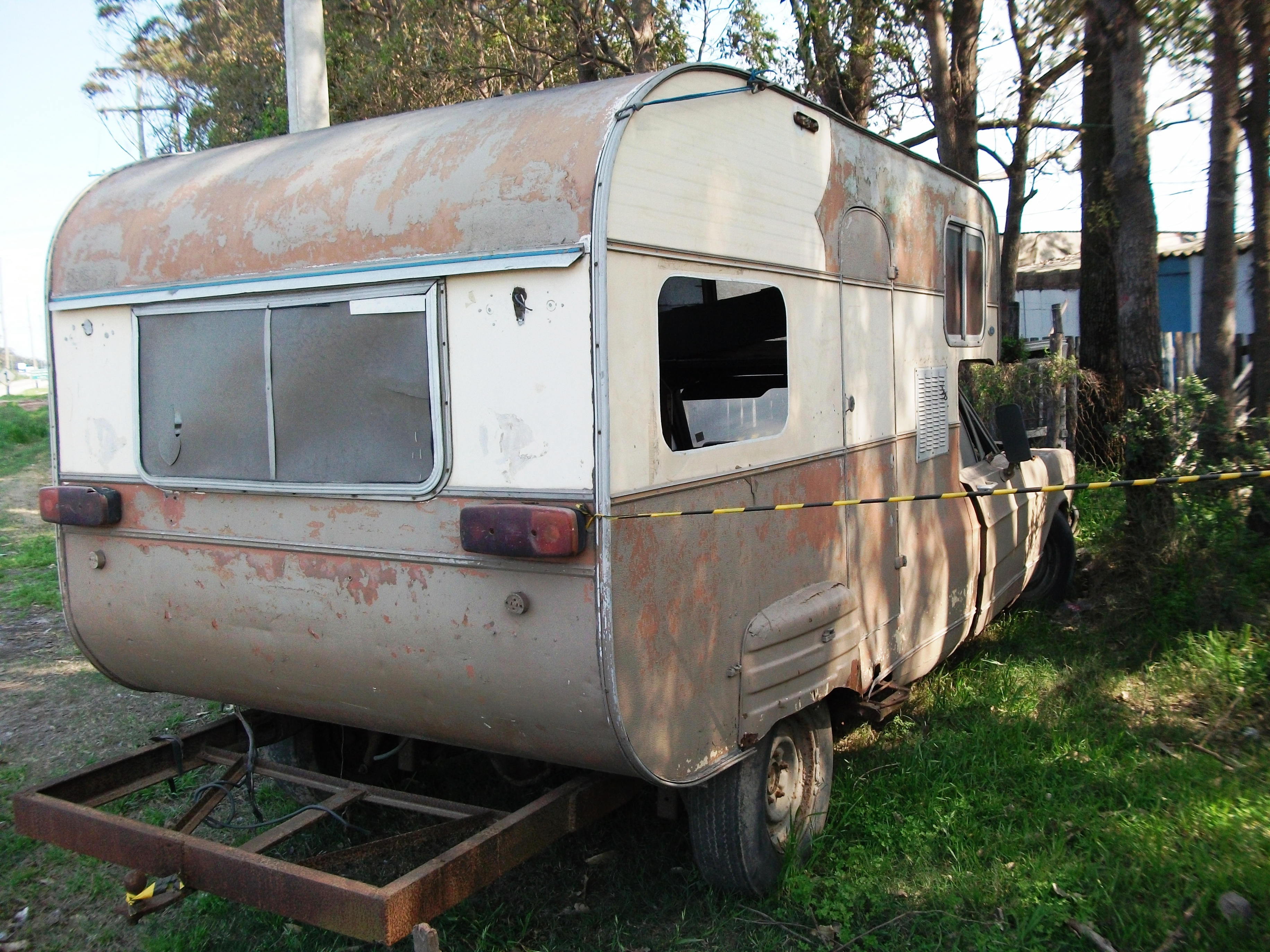 landau_trailer_5_sibele Ford Galaxie